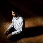 praying young muslim